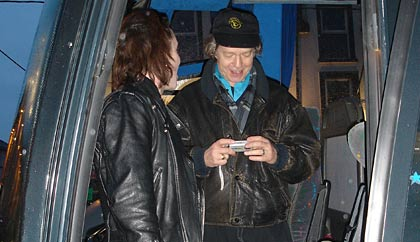 Brian and Eric on the Vibe tour bus 2006